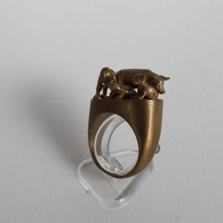 BESTIARIUM RING